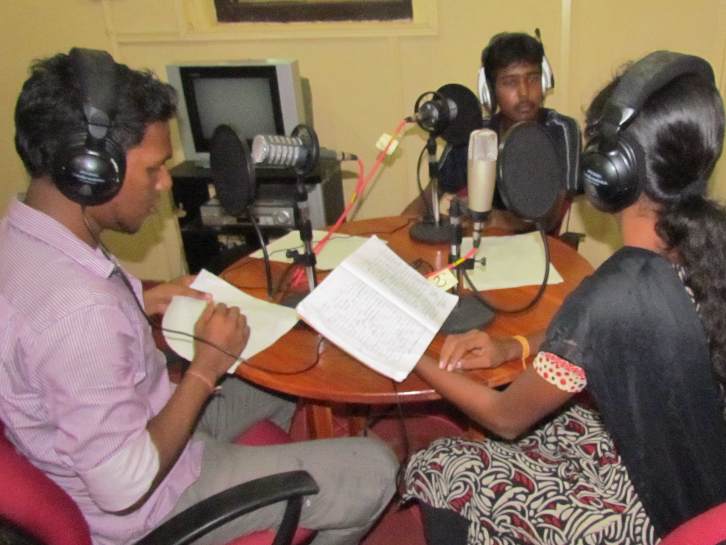 Radio training workshop in Jaffna, Sri Lanka. Image by David Brewer